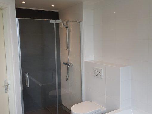 Badkamer met betoncire
