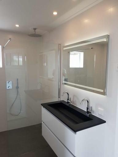 Badkamer zwart wit design